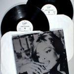 Janet Jackson records image